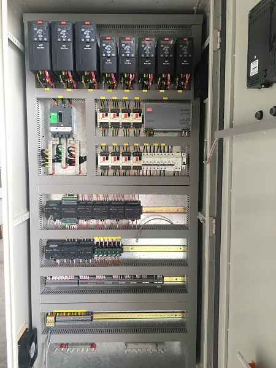 Danfoss变频器柜