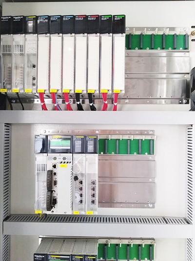华普拓解说PLC变频器控制柜的功能!