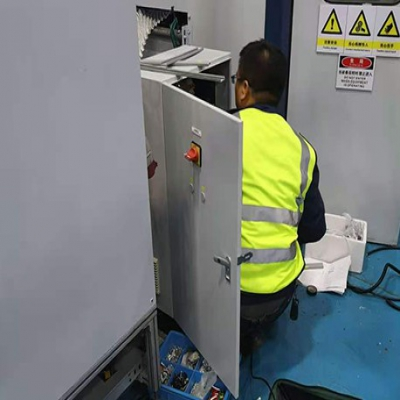 定做波纹机设备控制柜还是昆山华普拓电气更靠谱